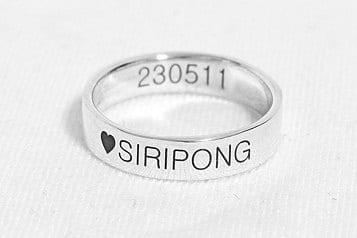Nhẫn bạc khắc chữ theo yêu cầu