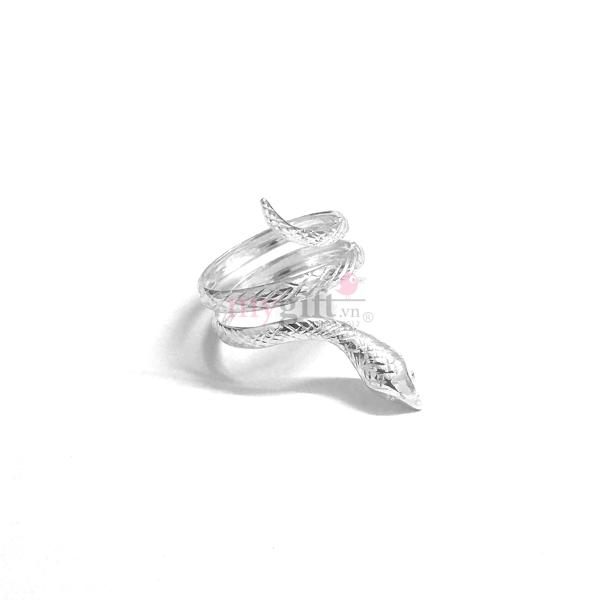 Nhẫn bạc con rắn